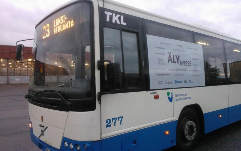 Tampereella liikennöi älybussi eli Älynysse, jonka toimintaan matkustajat voivat kehittää.